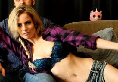 Hot Couple Cam Show w/ Cody Renee Cameron